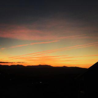 Tonight's sunset streaks.  #sunsetlove #sunsetgram #canberra #brindabellas