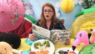 This may be the greatest thing that has ever happened to me. The Duchess of York reading my book. With a complementary fruit platter that may look a bit like something other than palm trees. It's a little bit wacky (Paddy is the real star) and a lot thrilling.   And I want to tell you a little Fergie story. When I was 11, like every other little English girl, I watched Princess Sarah Ferguson walk down the aisle and practically drooled over her satiny confection of a dress. Afterwards I sat on my floor and made a 'book' all about the wedding. I cut out pictures from magazines and wrote my best royal reportage. Now that princess is reading a *real* book that I wrote and it all feels a bit surreal. She even pronounced my name right. Pinch me now. Evidence via link in bio.  #wheretheheartis @oh.susannah.illustration @ekbooksforkids #picturebook #picturebooks #picturebookillustration #picturebooksofinstagram #picturebooksaremyjam #kidsbooks #kidsofinstagram #reading #kidsbooksofinstagram #penguin #penguins #riodejaneiro #brazil #sarahferguson #royalty #royalfamily